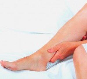 fáj a bal láb lábszára)