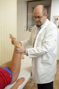 térdízület fájdalmainak gyulladása