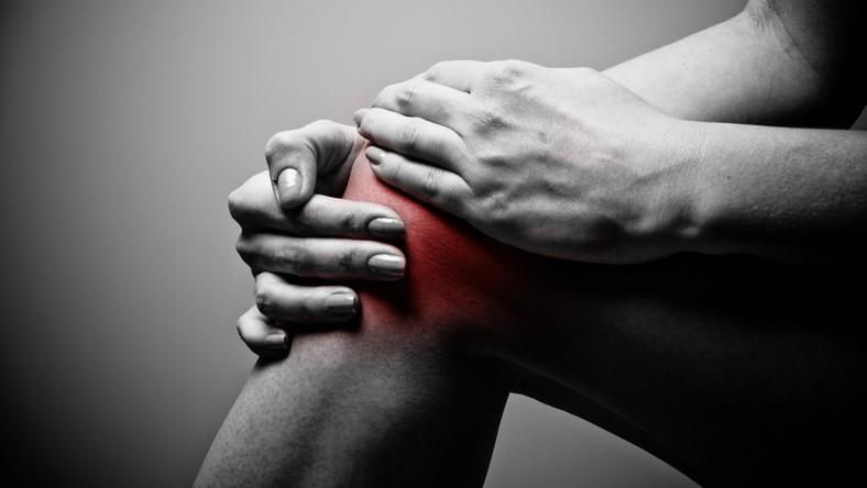 futás után térd duzzanat pokoli ízületi fájdalom a kezekben