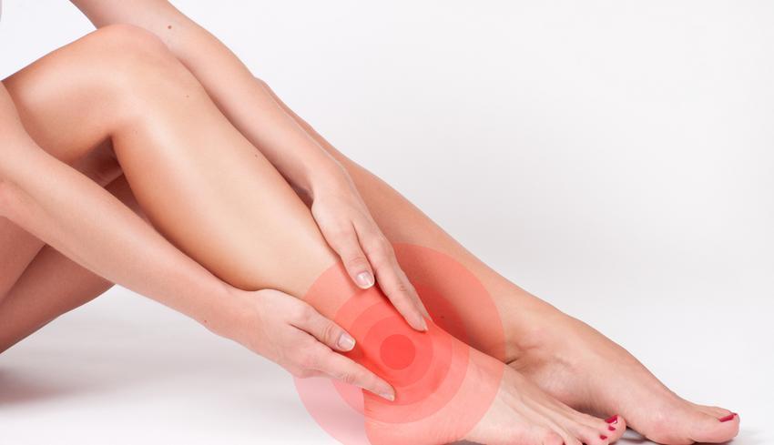 ízületi fájdalom esetén a láb megrándul)