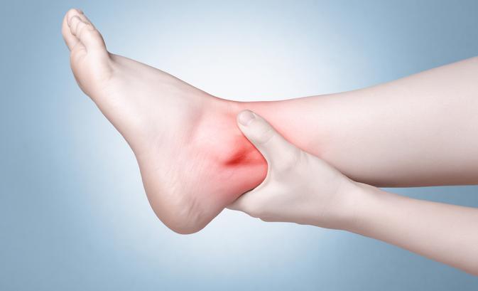 miért fáj a láb az ízületekben
