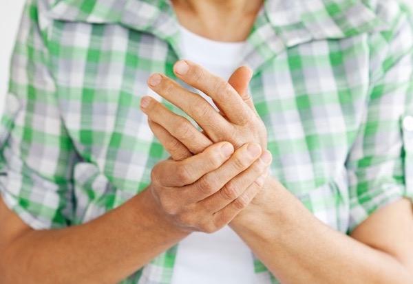 Gyógymódok a térdfájdalom enyhítésére