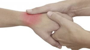 csuklóízület csuklóízületi kezelése lüktető fájdalom az ízületekben
