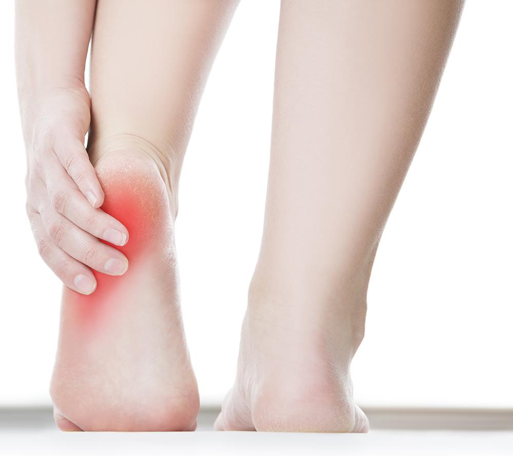kattintással boka sarok fájdalom a vállízület elülső elmozdulása