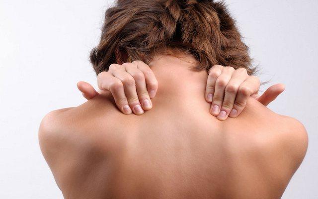 fájdalom a kéz ízületeiben méhnyakos osteochondrozzal)