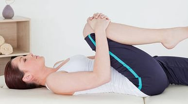 súlyos fájdalom a csípőízületben húzza a lábát az ízületek legjobb kenőcsei
