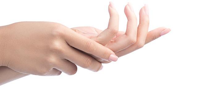 ujjak kattanó ízületeinek kezelése)