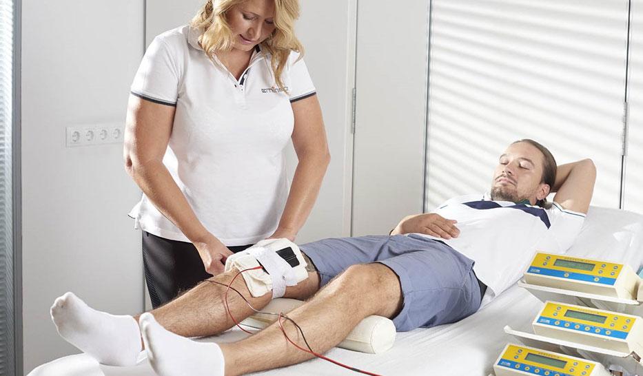 a térdkezelő orvos ízületi gyulladása)