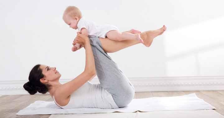 csípőfájás, ha a szülés után sétálunk)