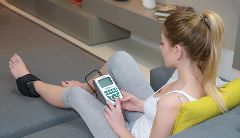 a térdízület kezelésének kezdeti stádiuma zsibbadás a karok és a lábak ízületeiben