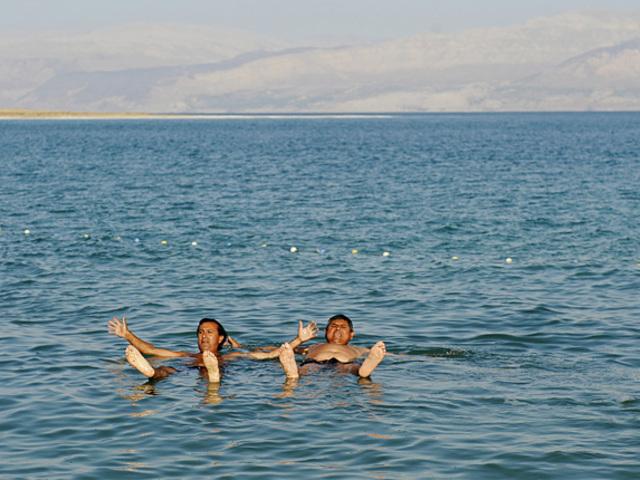 A Holt-tenger életereje | Kawar
