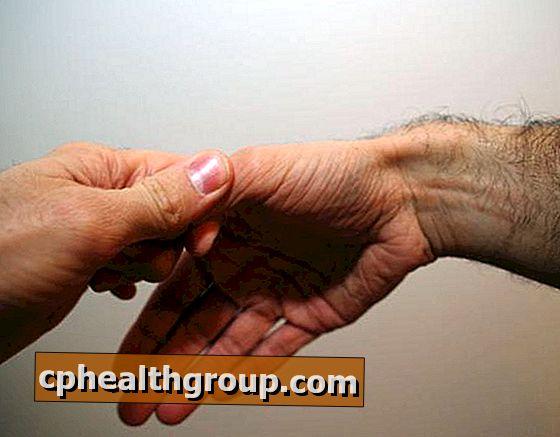 fájdalom az ujjain milyen együttes kezelés