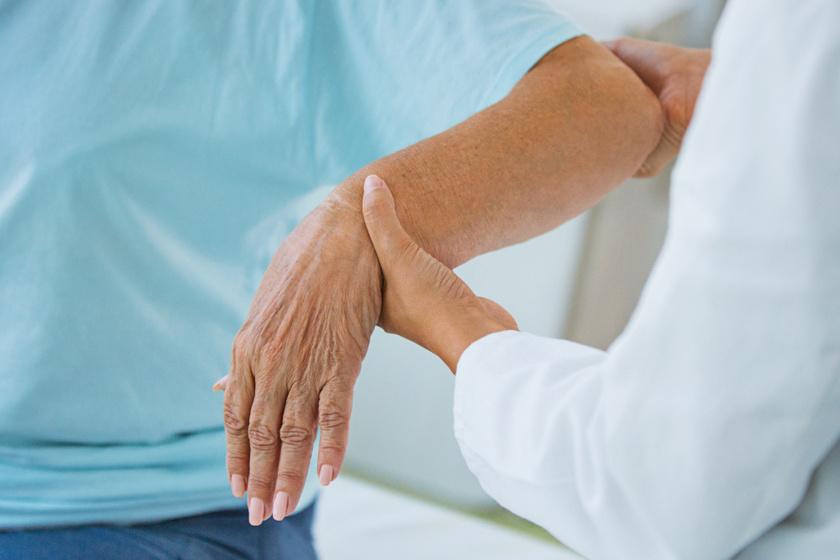 ami azt jelenti, hogy a térdízület artrózisa 2 fok ropogás és ízületi fájdalom neurózissal