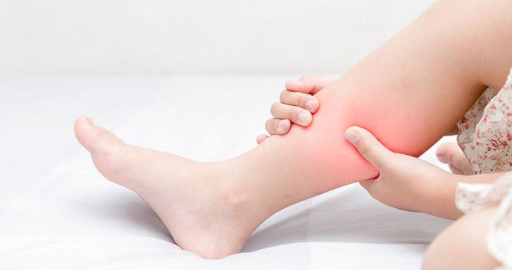 fájdalom a karok és a lábak ízületeiben
