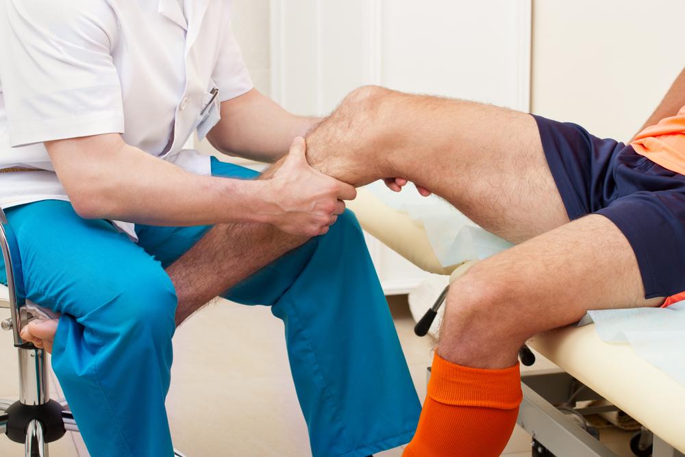 a térdízület kezelésének kezdeti stádiumú izületi gyulladása)