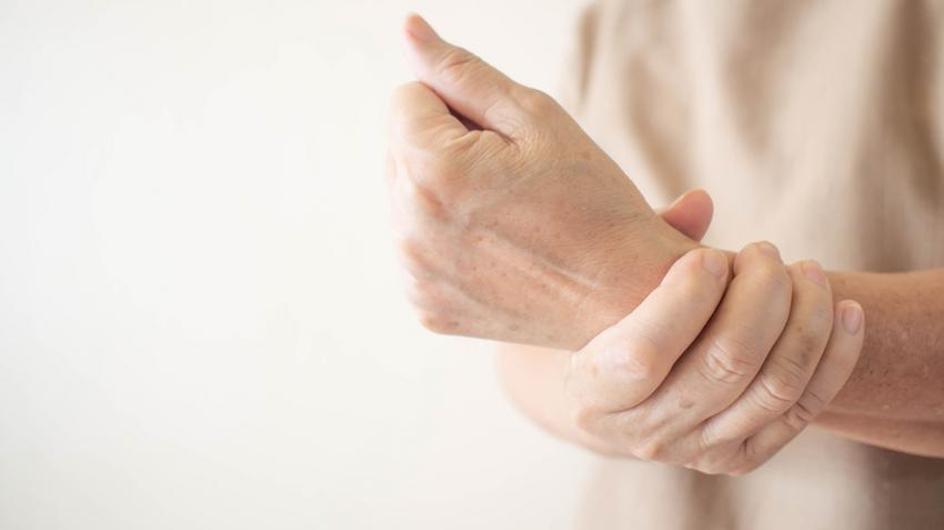 ízületi és izomfájdalom mérgezés esetén