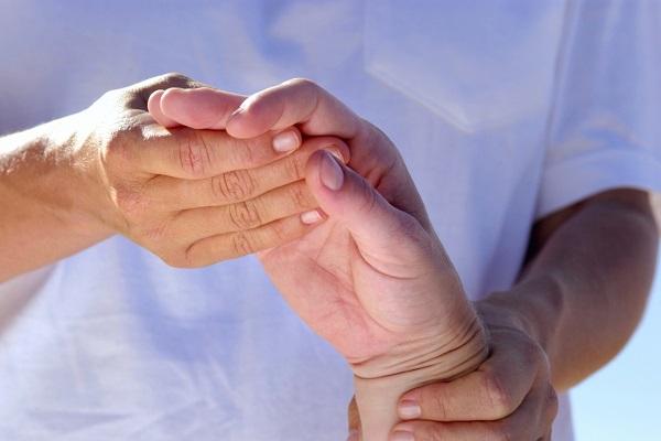 csípőízületek rheumatoid arthritis serdülőknél)