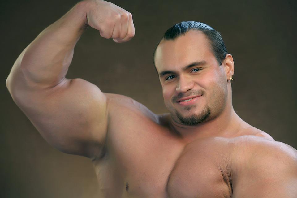 bicepsz a könyökízületben