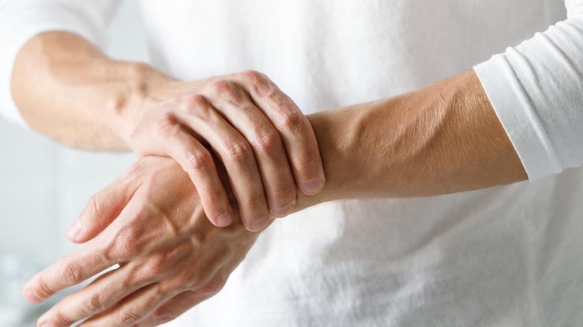 fájdalom a kéz hüvelykujjain