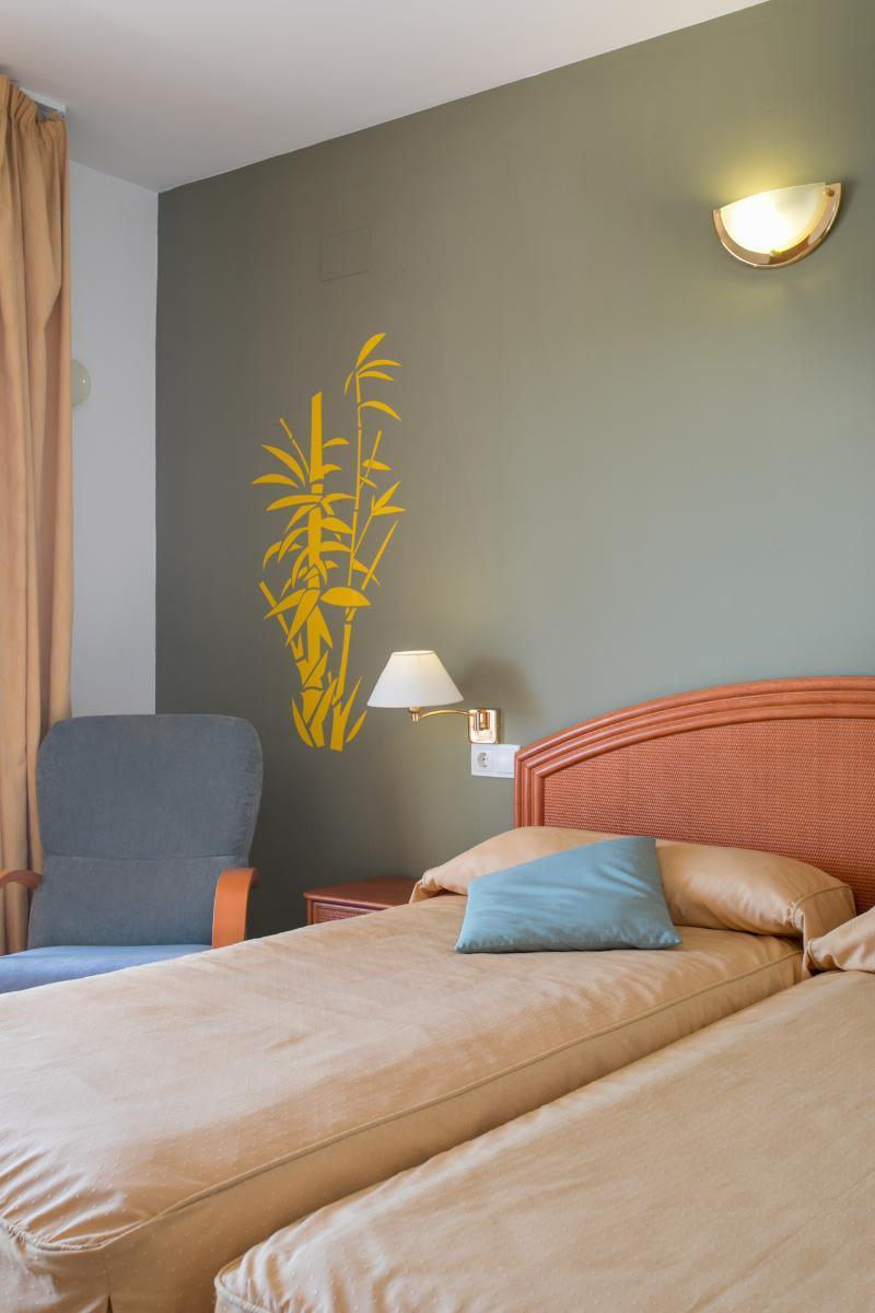 Terraza - Terrasse - Terrace - Hotel-Apartments Reuma-Sol, L'Alfas del Pi fényképe - Tripadvisor