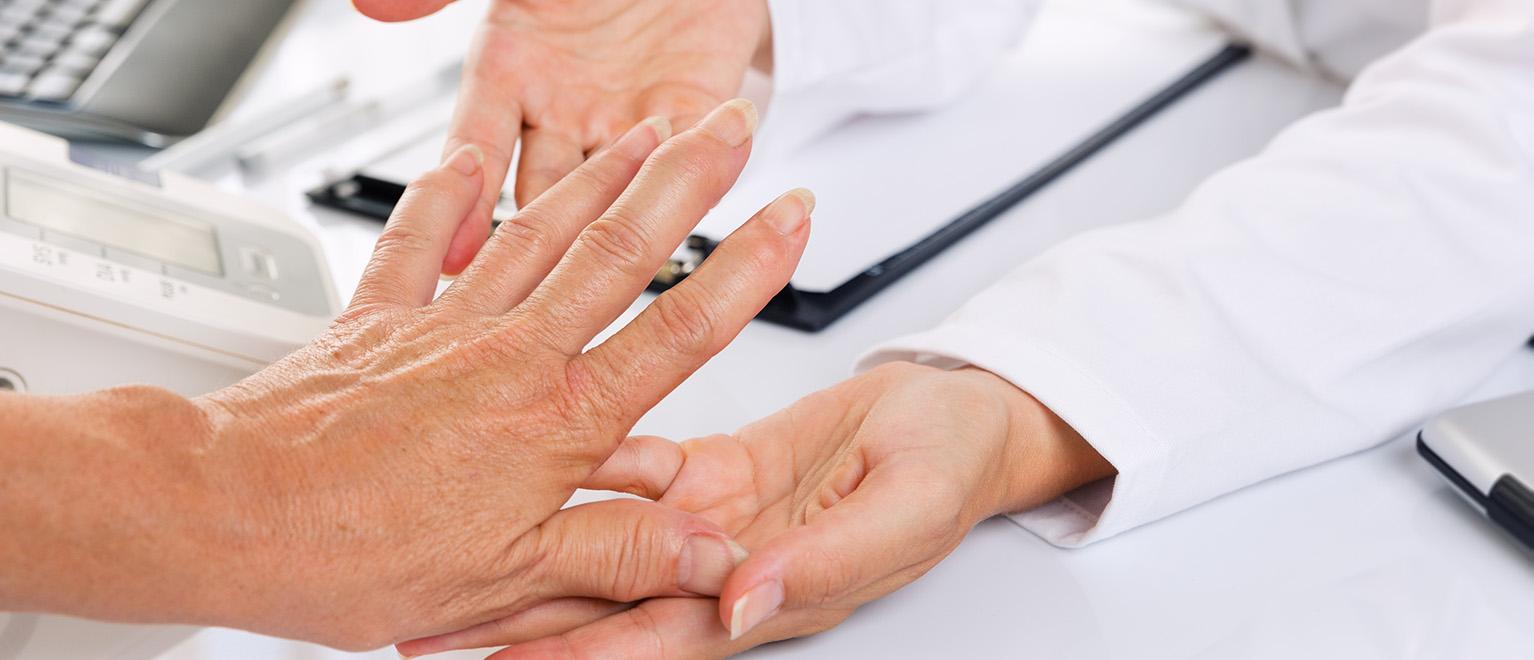 ízületi károsodás rheumatoid arthritis kezeléssel