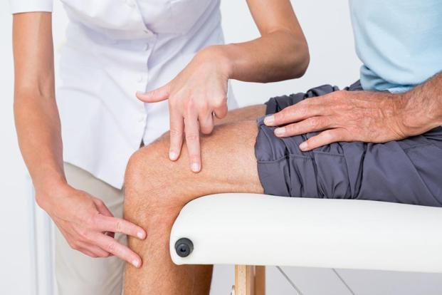 miért fáj a kezelendő ízület