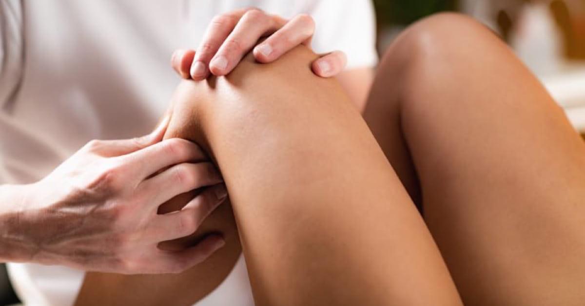 ízületi fájdalom okozza a testet