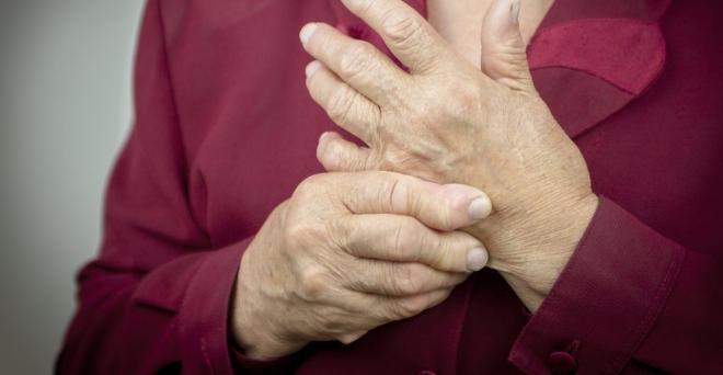 gyakorlatok az ujjak ízületeinek fájdalmára)