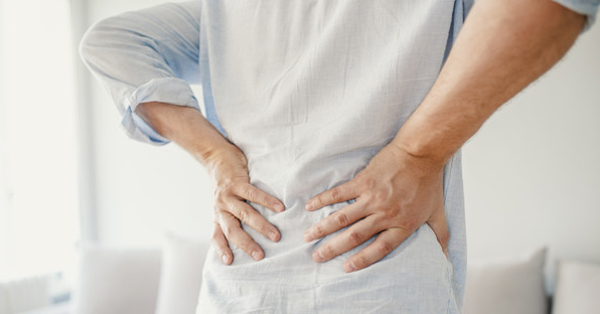 ízületi gyulladás sacroileitis)