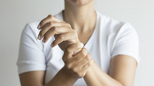 a csípőízület harmadik fokú csontritkulásának kezelése)
