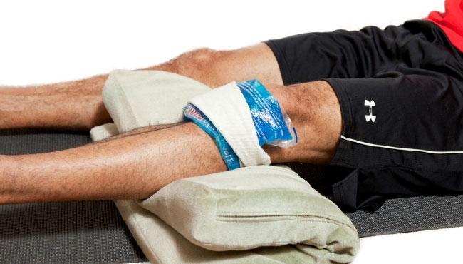 a térdtáska károsodása hipotenzió és ízületi fájdalmak