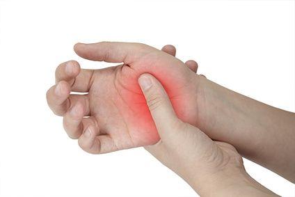 az egyik ujjízület fáj