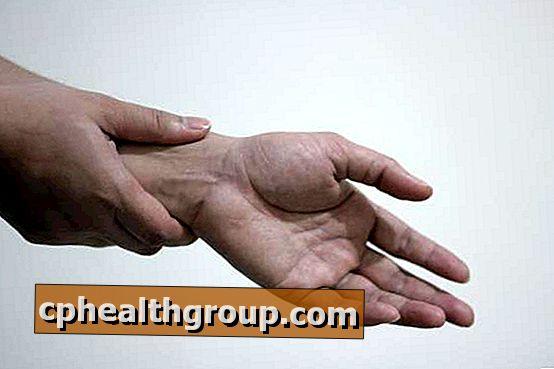 fájdalom a kéz kis ízületeiben artrózis otthoni kezelése